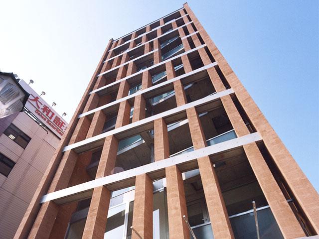 高いデザイン性の建物の外観。